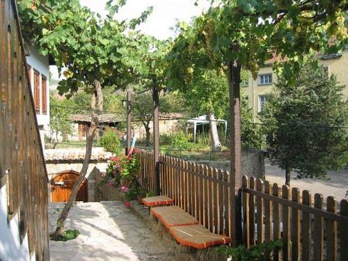 Hostel Mostel Veliko Tarnovo  - 1