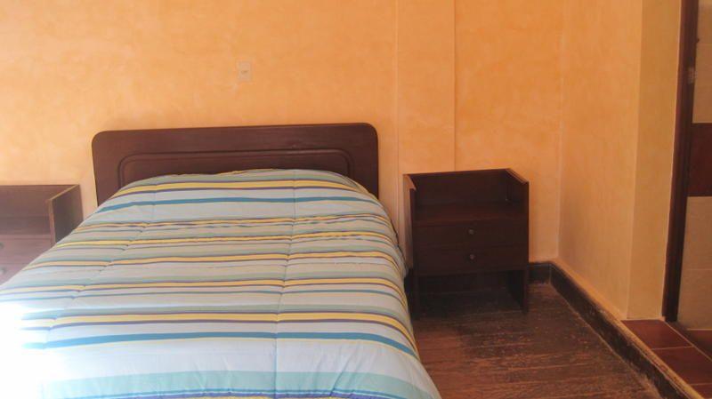 Piedra Blanca Backpackers Hostel  - 1
