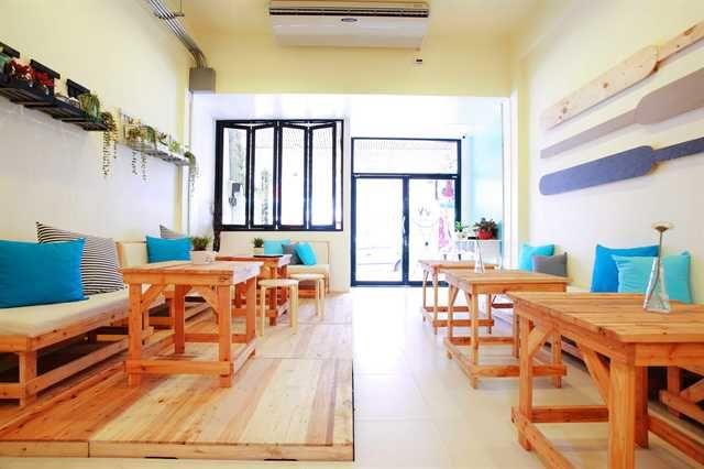 2W Cafe & Hostel - 0