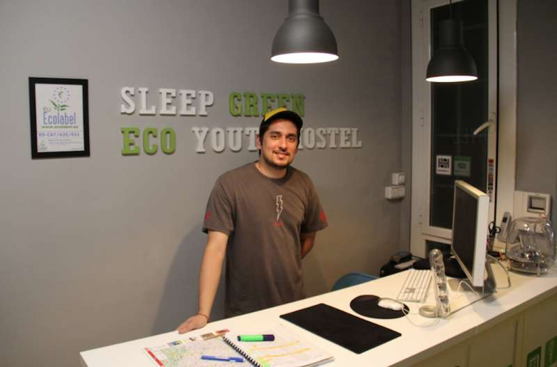 Sleep Green -  Certified Eco Youth Hostel Barcelona - 2