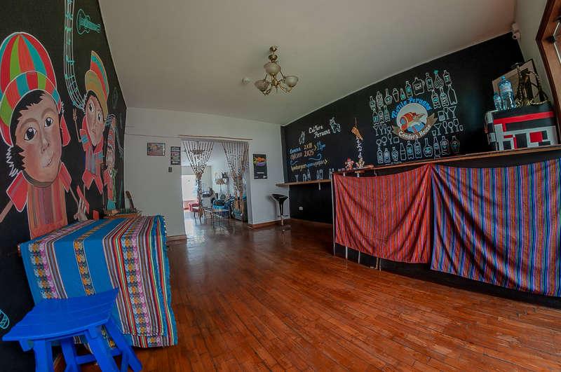 Condor's House Lima Hostel - 1