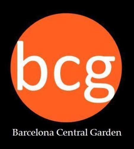 Barcelona Central Garden Hostel - 0