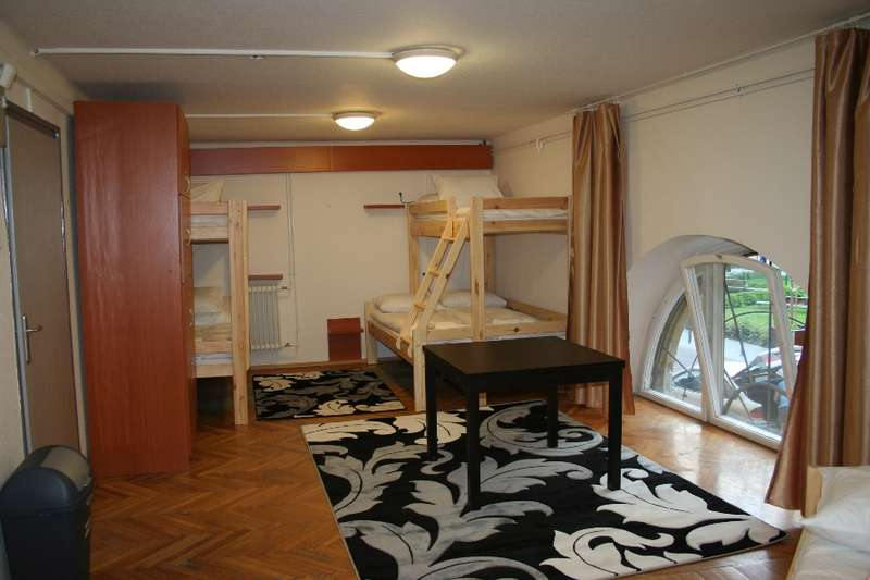 Hello Budapest Hostel - 0