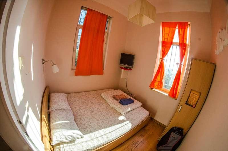 Go2 Hostel - 2