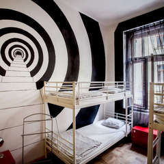 Art Hole Hostel