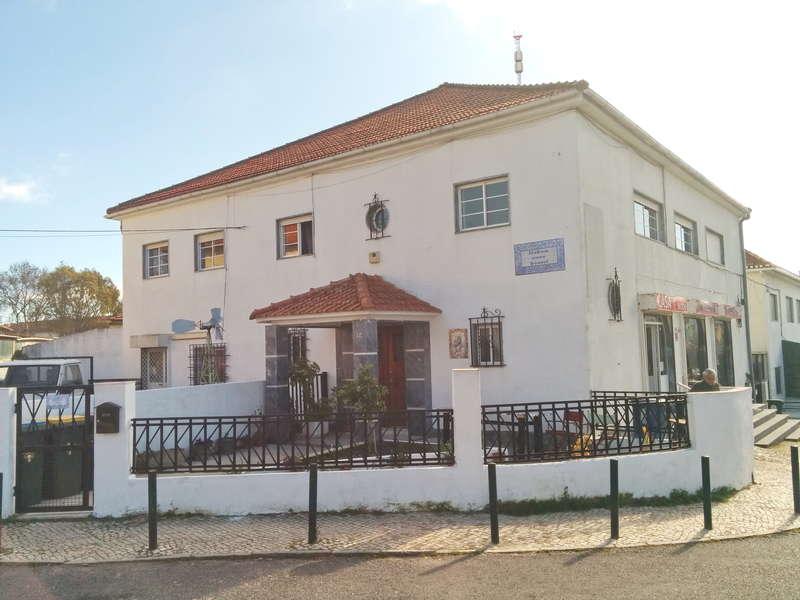 Lisbon Cosy Hostel - 0