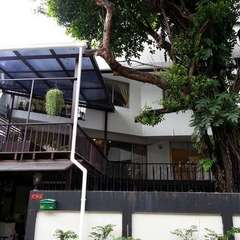 The Hostel 16