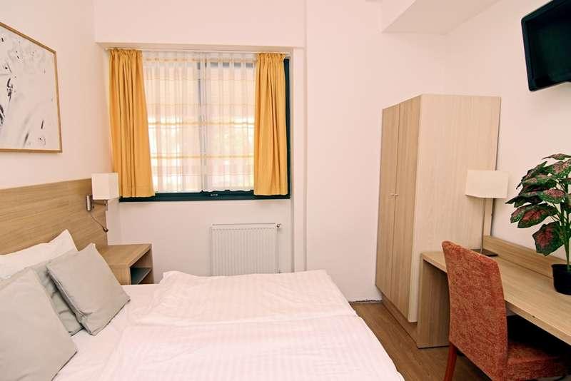 Absolut City Hostel - 1