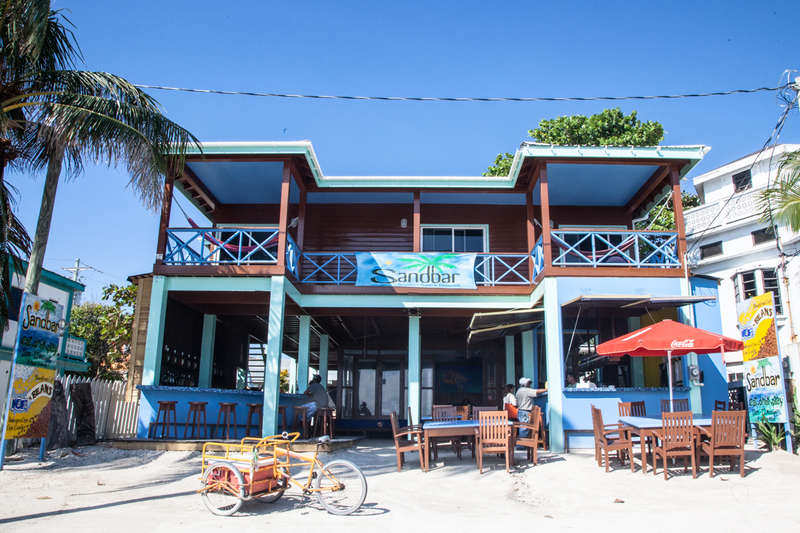 Sandbar Beachfront Hostel and Restaurant - 0
