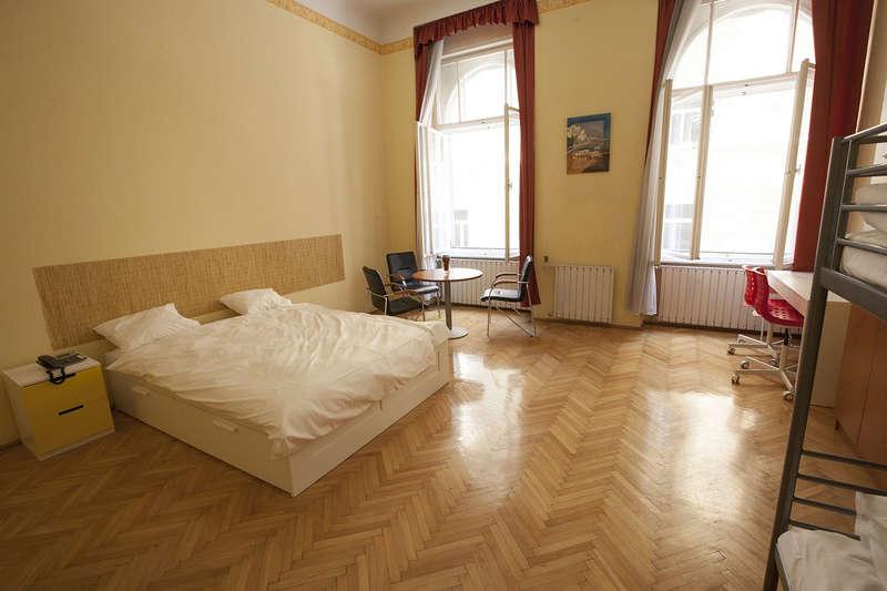 Aurora Hostel Budapest - 2