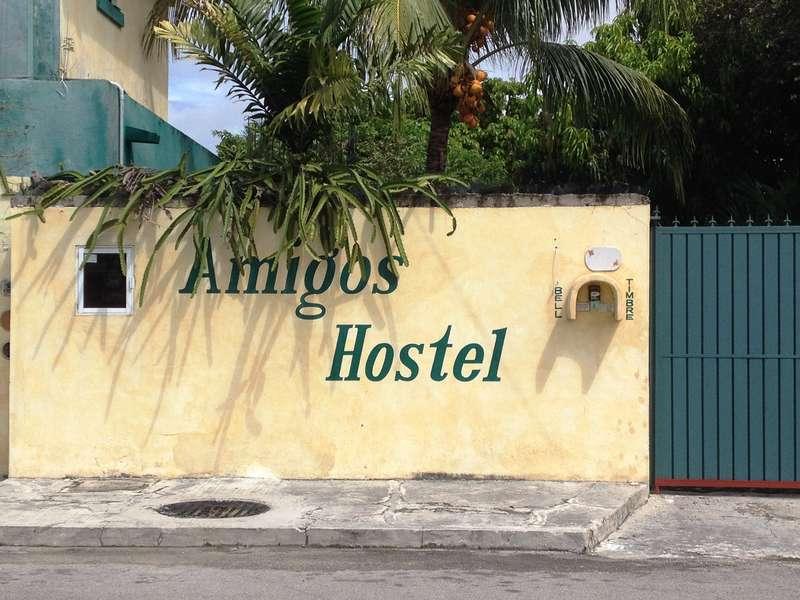 Amigos Hostel Cozumel - 1