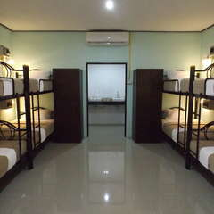 LANTA LONG BEACH HOSTEL