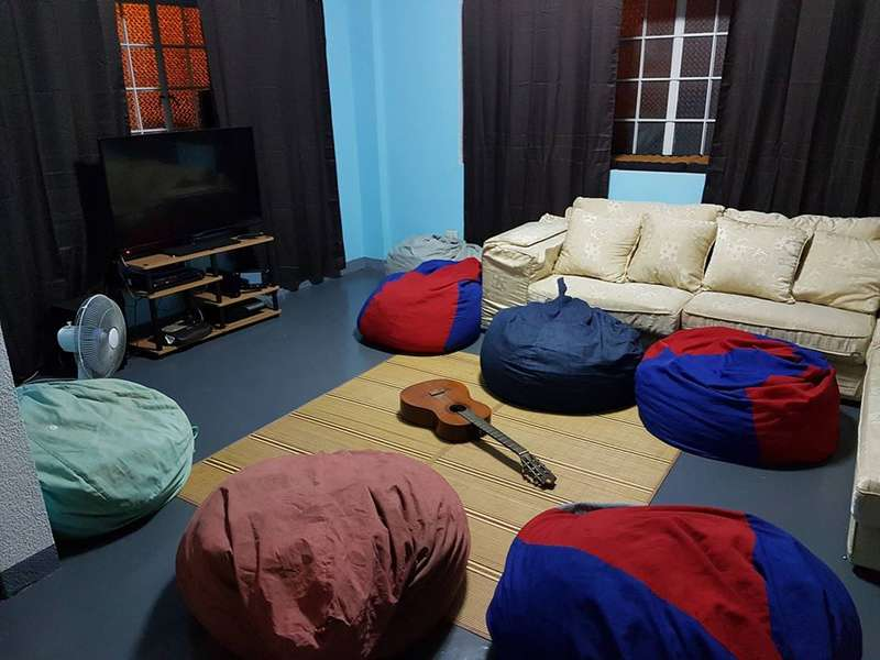 Cozee Monkey  Backpackers Hostel Manil - 1