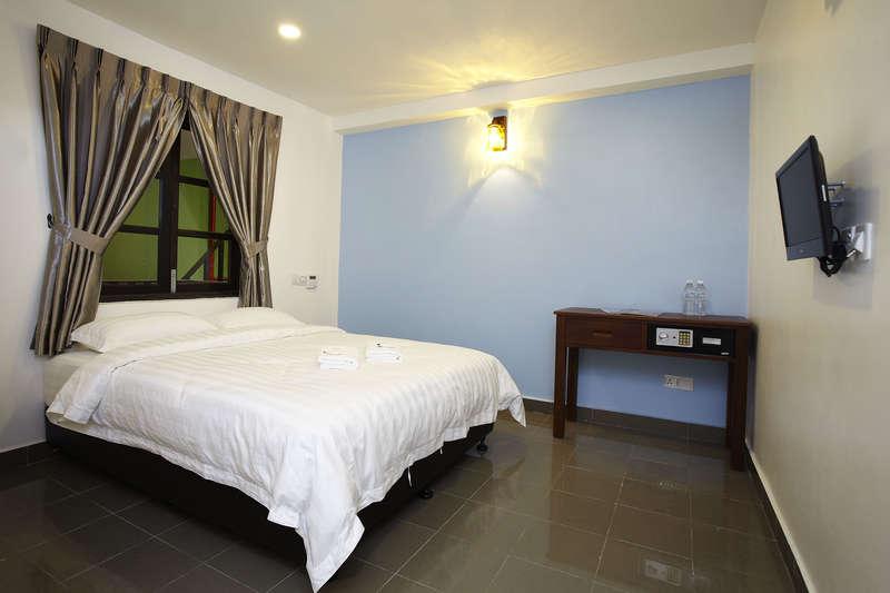 Hotel Paloma Inn - 1