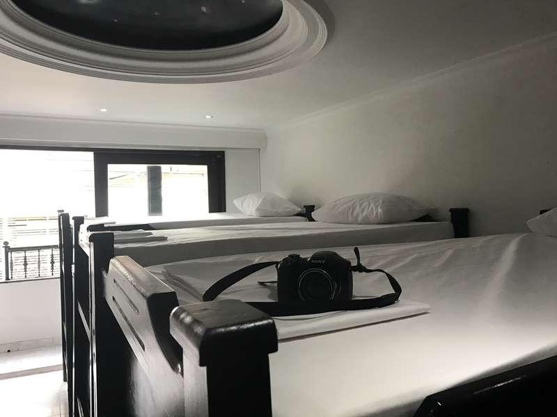 Pool Hostel - 0