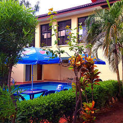 HUNCH Backpackers - Affordable - Reliable - Comfortable - Accessible