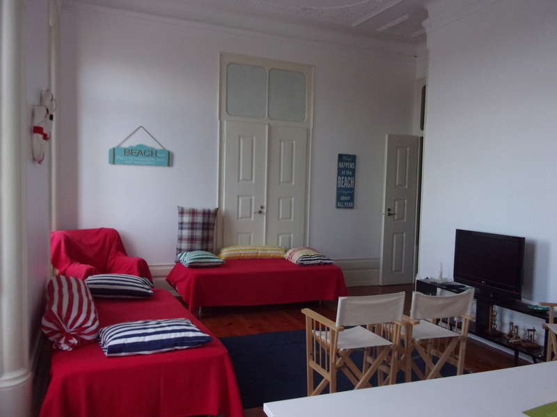 Hostel 402 - 1