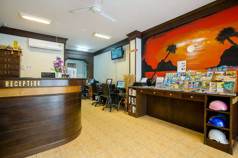 Baan Veerakit Guesthouse - 2
