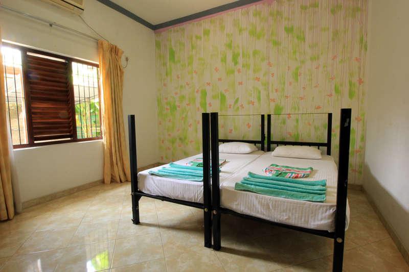 Flipflop Hostels - 1