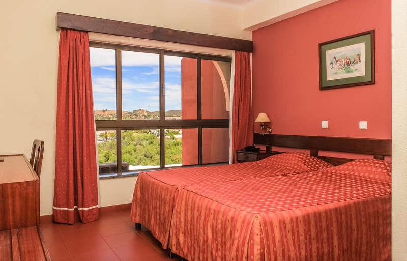 Hotel Colina Dos Mouros  - 0