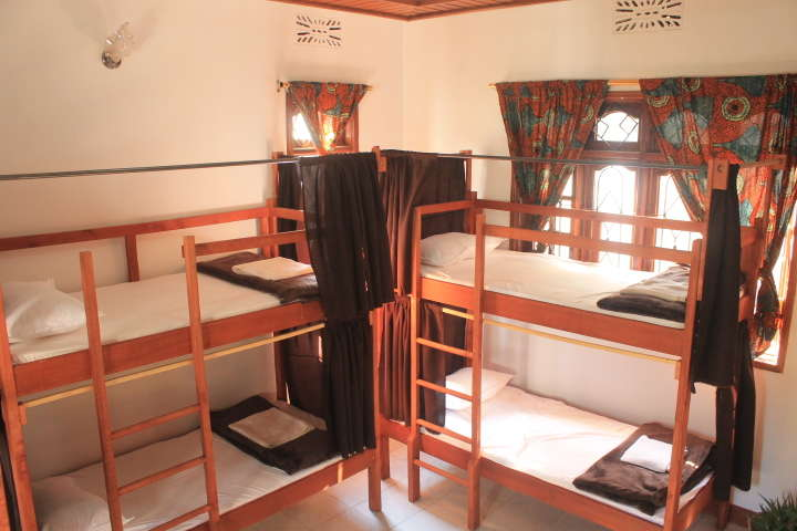 Rightminded Travelling Hostel - 0
