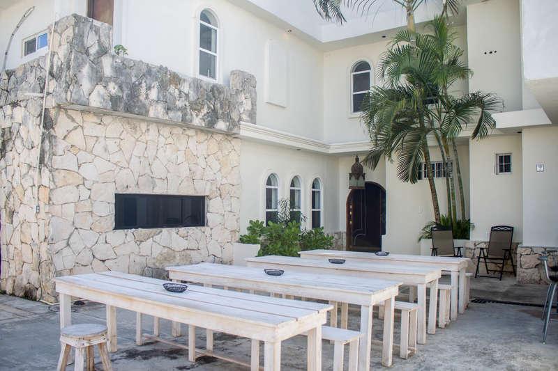 Hostal Inn - 2